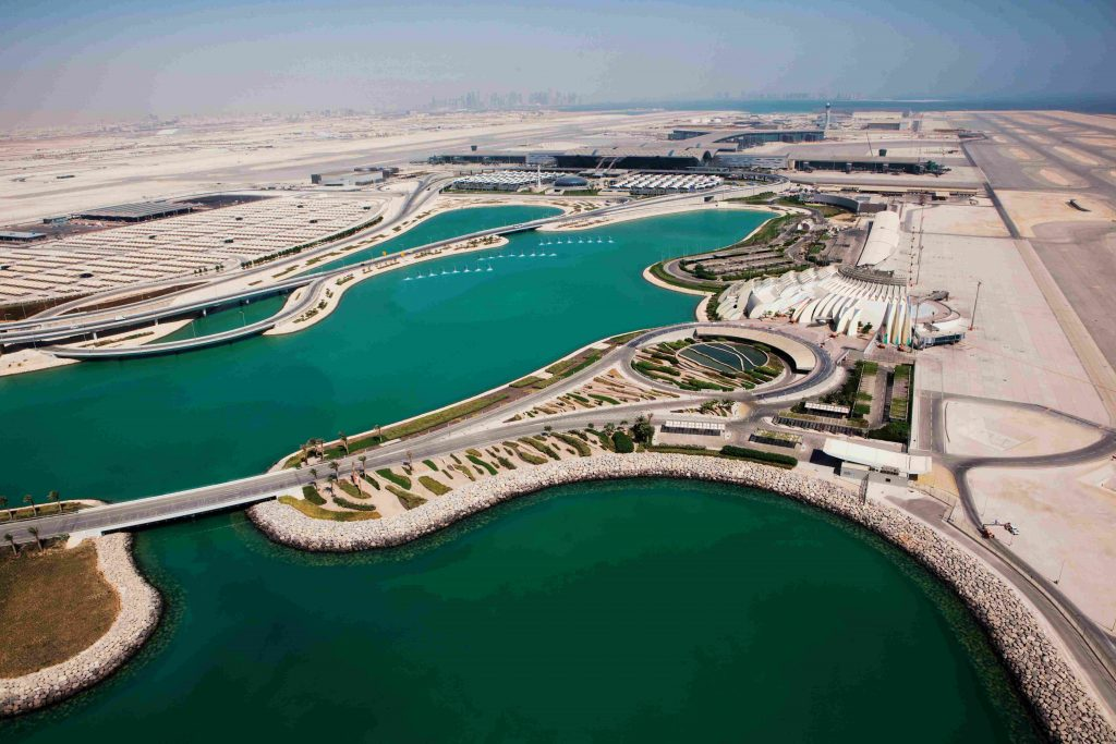 vista aérea aeropuerto internacional hamad, doha qatar