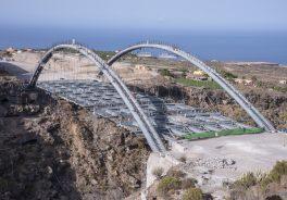 Erques Viaduct. Setting up the main platform