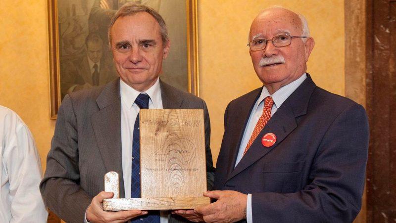 Fundación envera presenta premio a Ferrovial
