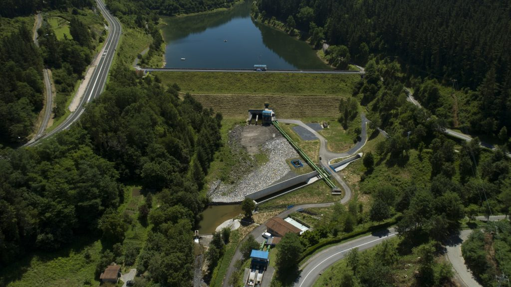 An aerial view of the Undurraga Dam in Vizcaya
