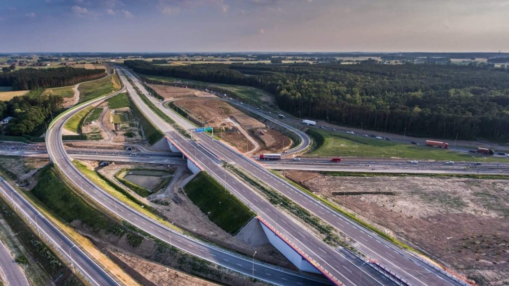 construcción autopista en Polonia