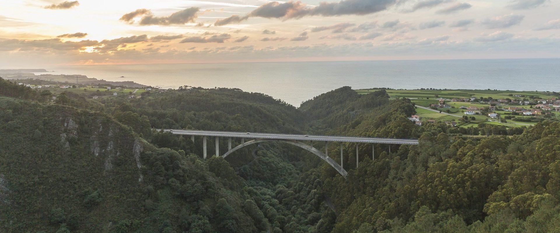 puesta de sol puente