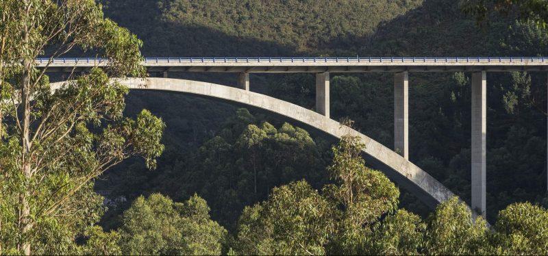 Un nuevo robot para mejorar el mantenimiento preventivo de puentes grúa llega a Ferrovial Servicios