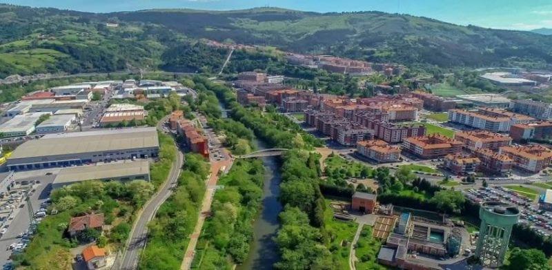 Foto aerea de la ciudad de Etxebarri
