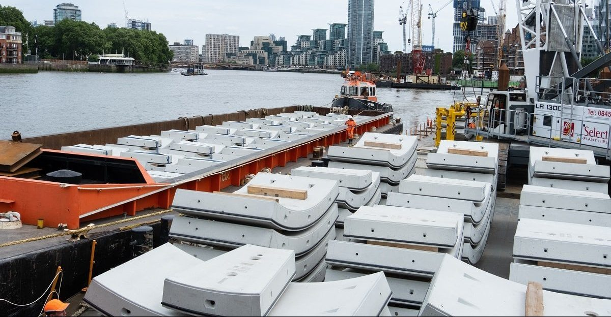 Image of the Tamesis river area where the Tideway tunnel work area is located