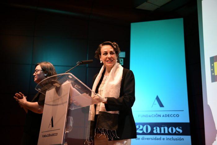 Imagen de la ministra Magdalena Valerio durante su ponencia en #CEOPorLaDiversidad